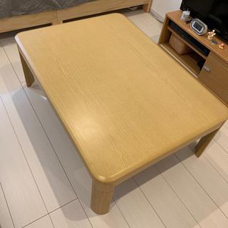 ニトリのこたつテーブルとベルメゾンのこたつ布団のセット