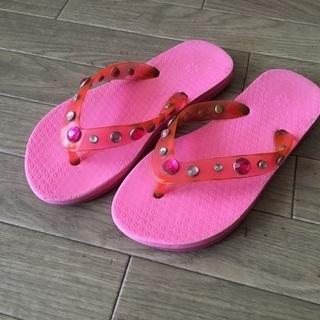 GAP*ビジュー付ピンクのビーチサンダル 21〜22㎝♪