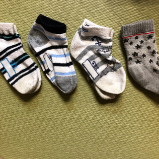 無償シリーズ 靴下①