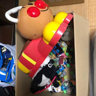使わなくなったおもちゃ譲って下さい。0〜500円ほどでお願いします。