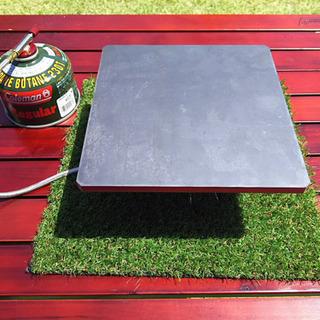 極厚鉄板 9mmにミニ鉄板をプレゼント