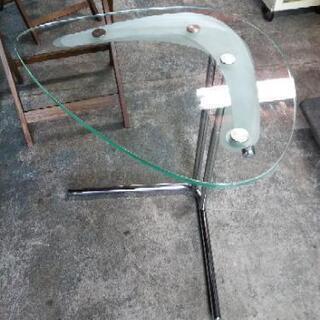 [ガラスサイドテーブル]:リサイクルショップヘルプ