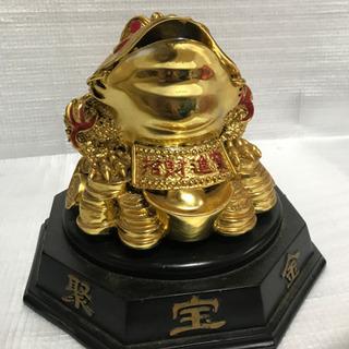 金のカエル