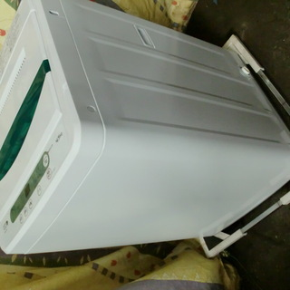 ヤマダ電機 HERB RELAX 4.5K洗濯機 YMW-T45...