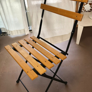 椅子 カッコよく、ディスプレイにも