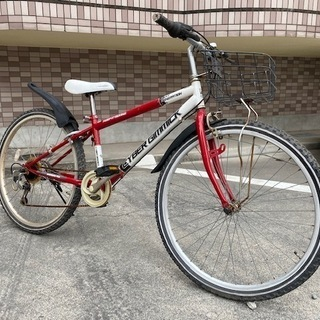 24インチジュニアマウンテンバイク 赤 子供自転車 前カゴ、カギ...