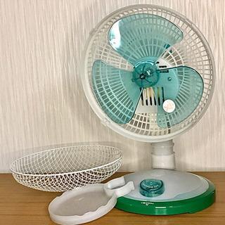 グリーンでかわいい小型扇風機、これからの季節に!