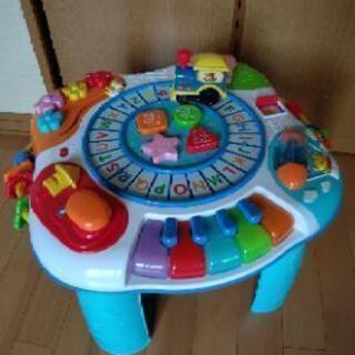 トレイン&アクティビティテーブル・知育玩具