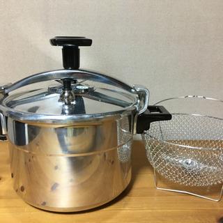 お取引中 フランス製 圧力鍋 未使用 蒸し籠付
