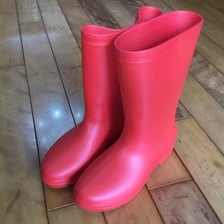 真っ赤な長靴 23cmから23.5cm 楽天で3000円以…