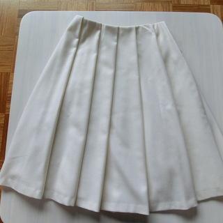 『ROPE』のスカート、ほぼ新品です。