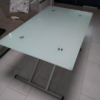 ニトリ 美品 ダイニングテーブル 高さ調整可能