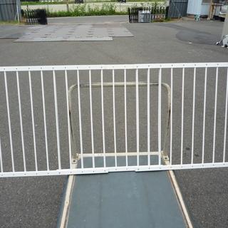 赤ちゃんの転落・落下防止柵・ペット脱走防止柵