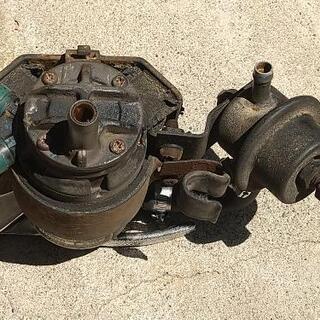 旧車用の燃料ポンプ - 車のパーツ