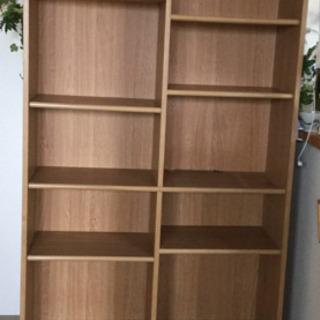 引き出し付き本棚