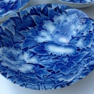 ※1枚100円【3枚あり】未使用品の素敵な和食器 小皿 小鉢 花柄 紺藍色 印もあり  - 生活雑貨