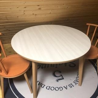 コイズミ 丸 ダイニングテーブル