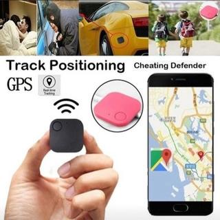 【ネット決済・配送可】GPSトラッカー よく紛失物や車の鍵など用...