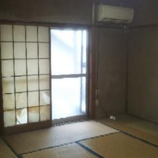 ★和室→洋室にリフォーム(壁)何と¥50.000-