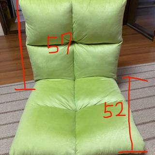 黄緑色の回転座椅子(^ω^)