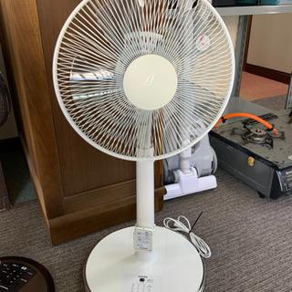 お取引中 扇風機 トヨトミ 2013年製 リモコン付きです^ - ^