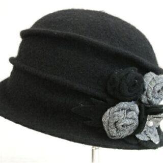 (交渉中)秋冬用帽子二点です。