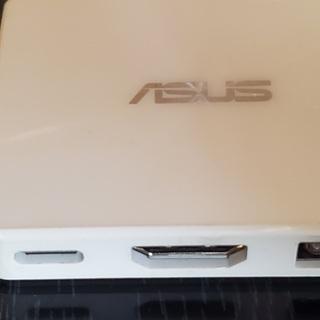 ASUS純正USBドックほぼ未使用
