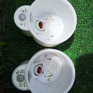 明るさセンサー付 白熱灯照明器具2種類