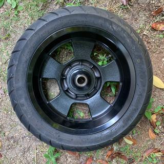 タイヤ付きの良品❗️