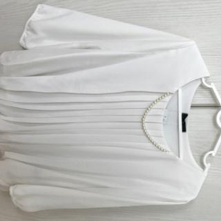 裏起毛ネックレス付プリーツバルーン 八分袖プルオーバー