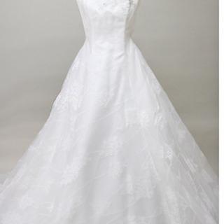 ウェディングドレス AVICA ARIETTA 結婚式