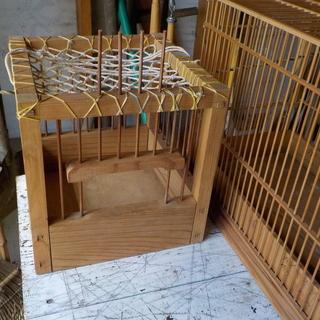 竹製の鳥かご