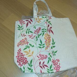 草のみ模様のバッグ  未使用