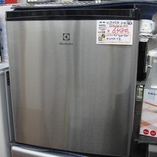 エレクトロラックス 43L 1ドア冷蔵庫 ERB0500SA-R...