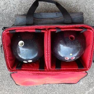 ボウリングのバッグとボールなど