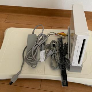 【お譲りします】任天堂Wii本体とWiiフィットボード
