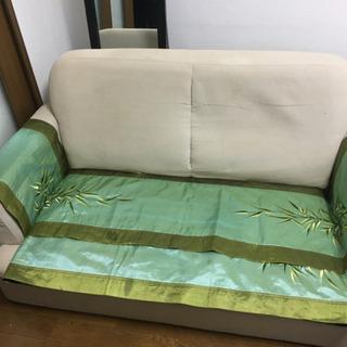 無料 0円ソファ 汚れあり カバーをかけたら使えます