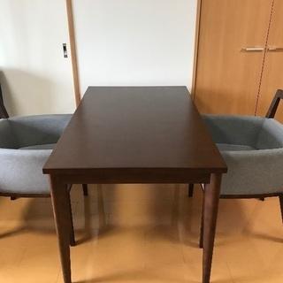 【引き取り限定】ダイニングテーブルと椅子