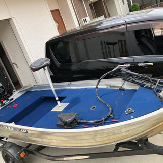 ガレージ保管、アルミボート、トレーラーセット