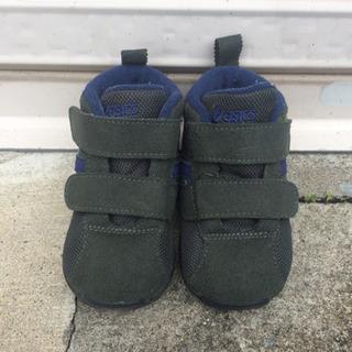子供靴 asics 13.5