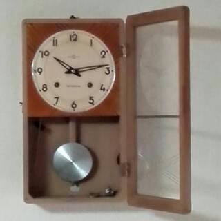 レトロな掛け時計です。 【6月25日以降に引き取りできる方限定です】