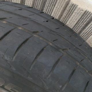 プリウス ブリヂストン15インチ タイヤ4本セット