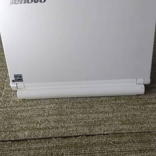 白いモバイルノートパソコンにWindows10及びMicroso...