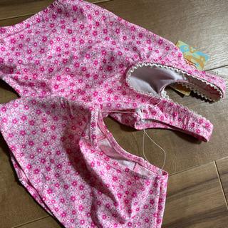 新品!100cmピンク花柄女の子水着です。