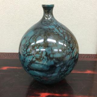 緑色の花瓶
