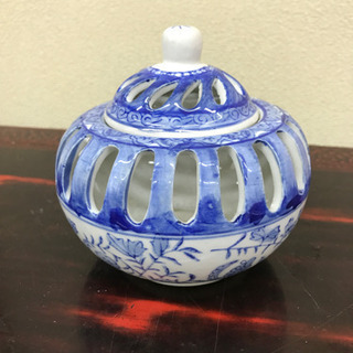 青色の陶器