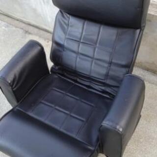 背伸び機能付き回転座椅子