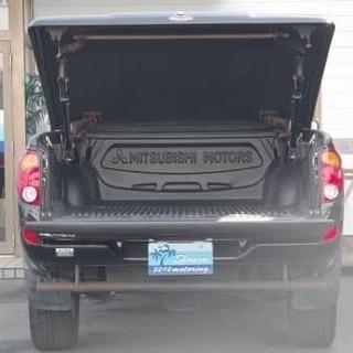 三菱のピックアップトラック!タフに生きたい人必見です😎
