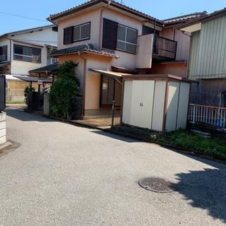 事業者、大家族向け戸建て 羽生駅徒歩7分 ♪大きな駐車スペース、...