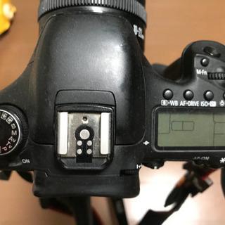 デジタル一眼レフ Canon EOS 7D 元箱付 ボディ